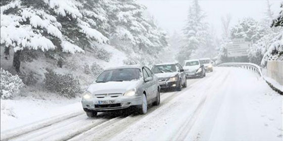coches-conduccion-nieve